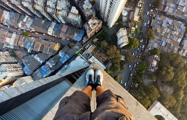 420 feet above Mumbai, Bild via aplus.com