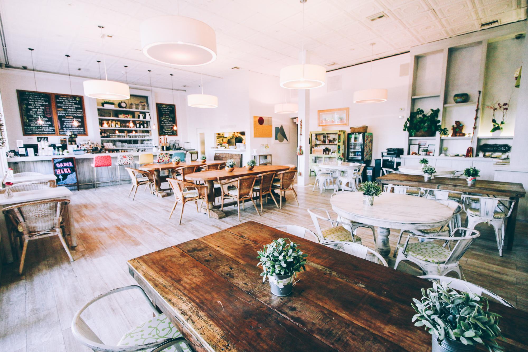 Breakfast Love in Miami Beach: Lilikoi Organic Living Café in South ...