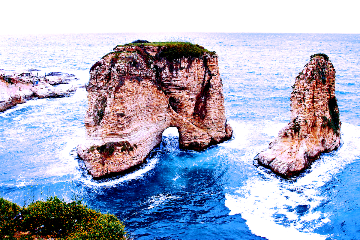 Pigeons Rock / Raouché in Beirut