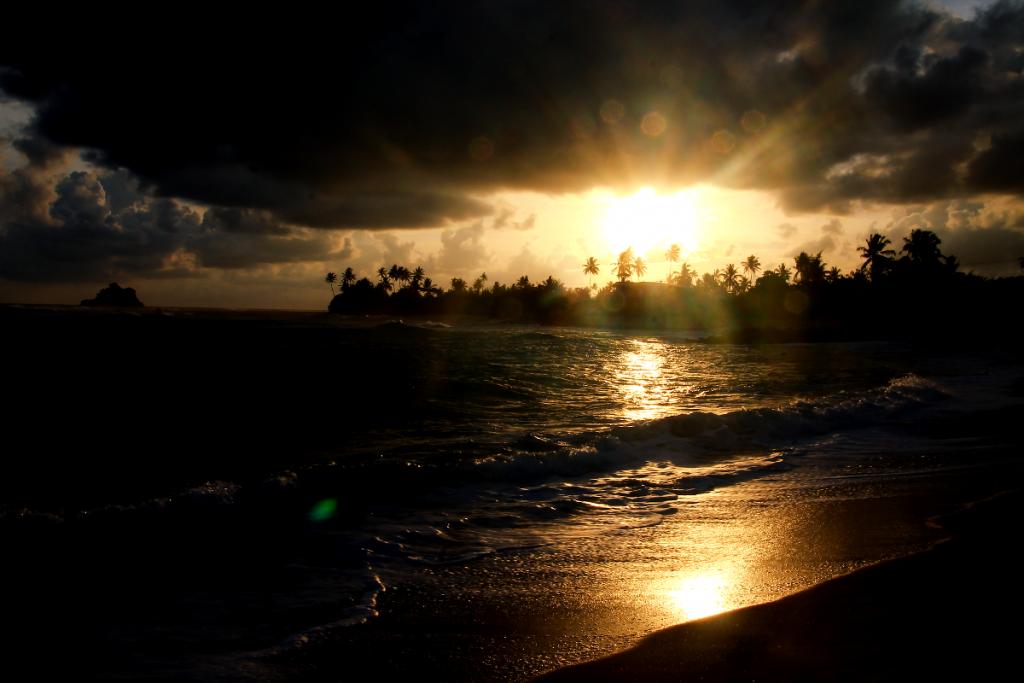 sunset-ahangama